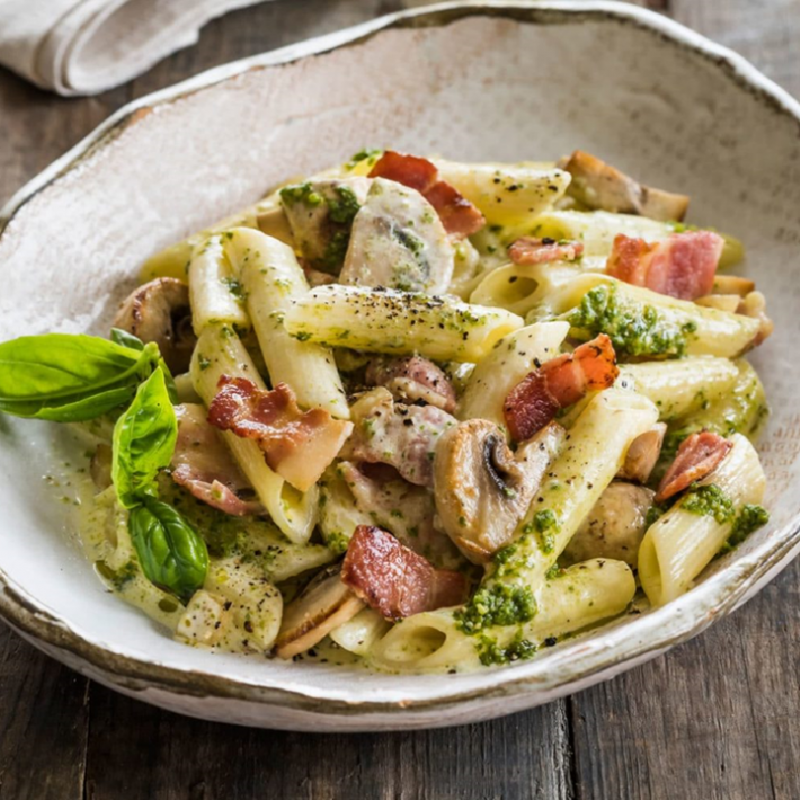 Mozzaralla Cheese Baked Tuna, Button Mushrooms Cream Penne (3 lbs)
