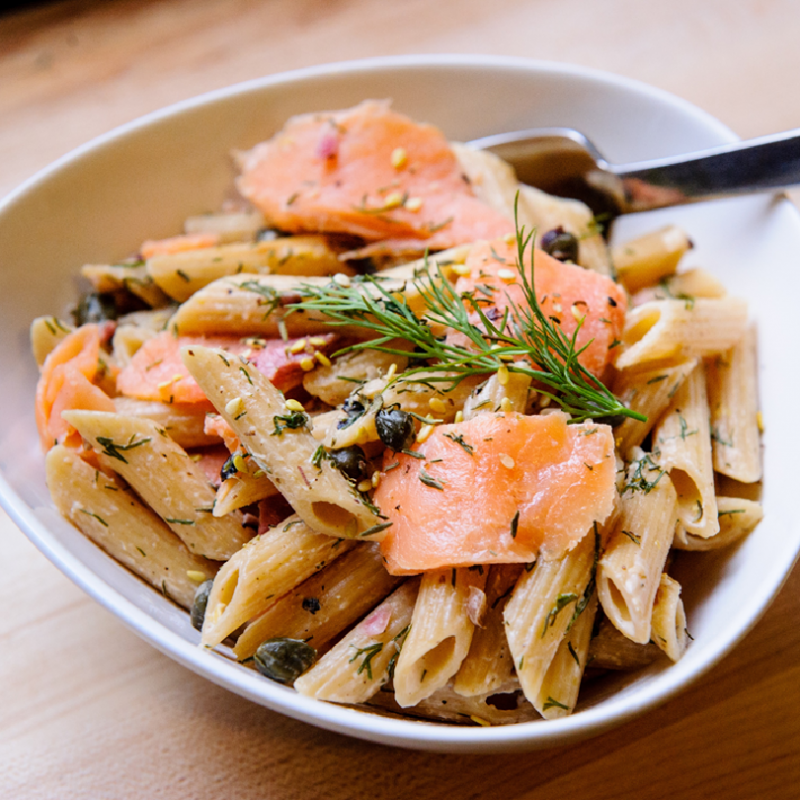 Smoked Salmon, Spinach, Cheese, Cream Sauce, Penne (3 lbs)